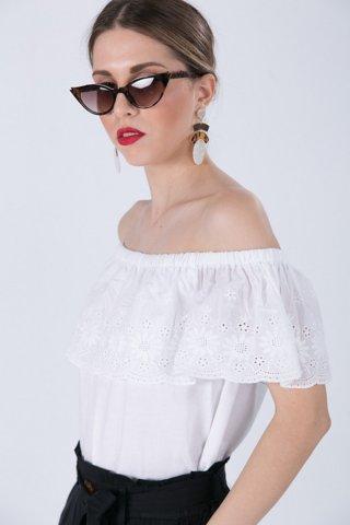 """Εικόνα της Γυνακείο Τοπ """"Lili"""" σε Off-White Χρώμα"""