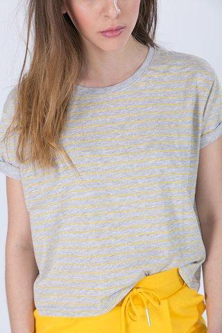 """Εικόνα της Γυναικείο Κοντομάνικο T-Shirt """"Tia"""" με Ριγέ Σχέδιο"""