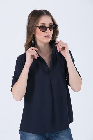 "Picture of Blouse ""Sila"" in Blue Navy"