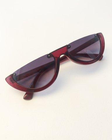 """Εικόνα της Γυναικεία γυαλιά ηλίου """"Kassy"""" σε χρώμα wine"""