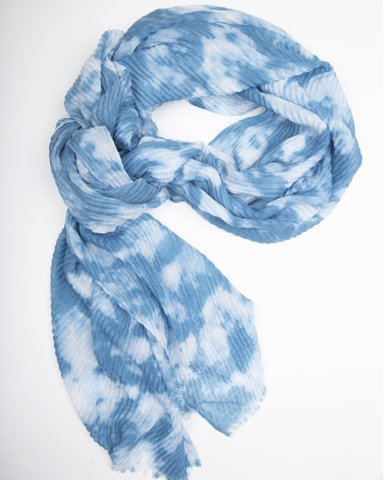 """Picture of Women's Textured Scarf """"Lucky"""" in Blue"""