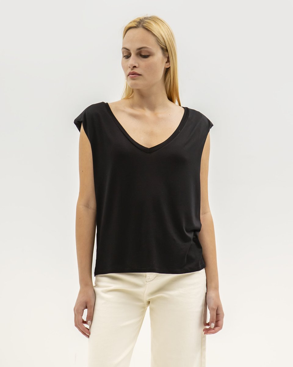"""Picture of Women's Short Sleeve T-Shirt """"Alessia"""" in Black"""